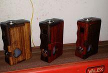 negus mod creazioni box / box mod artigianali per lo svapo ,in legno o resina ,con circuiti elettronici o meccaniche