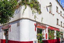 Nuestra Floristería en Sitges  Our flowershop in #Sitges / Floristería Brisa en Sitges. Arte floral, plantas y decoración
