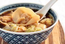 Recipes: Soups, Stews, & Chili's / by Elaina Smith