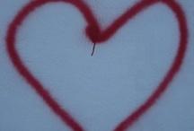 de corazones encontrados.   / se trata de una colección de corazones que llegaron, que me sorprendieron, que aparecieron para hacerme latir!!!!