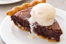 Desserts!! / by Avery Daniel