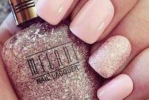 Nail polish / Cute