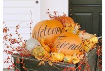 Fall decor / by Eva Landa