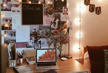 Pretty Desks