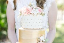 Blush and Gold wedding / loving the new trend for 2015 which continues the golden accessories and blush tones