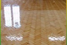 Floor Sanding Melbourne / Are you looking for timber floor polishing and floor sanding services in Melbourne? Rejuvenate your wooden floors with Total Floor Service's affordable sanding and polishing services today.