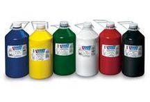 Culori Acrilice Mammuth / Culori acrilice, ambalate la flacoane de 500ml / 1L / 5L Ideale pentru gradinite, scoli, atelier, cercuri de creatie, datorita raportului calitate pret / cantitate.