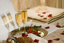 Your Maine Honeymoon! / Set in a beautifully restored mansion, Berry Manor Inn offers exquisite lodging with thoughtful touches and unsurpassed pampering for the ultimate Maine honeymoon!