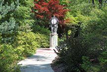 Beautiful Gardens / Photos by Audrey J. Lambert.