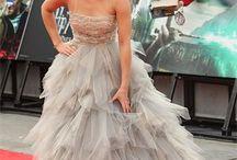 Emma Watson / Actrice et mannequin Britannique connue pour son rôle d'Hermione Granger dans la saga Harry Potter et pour avoir jouée dans le film Noé, Colonia, Régression, Le Monde de Charlie, The Bling-ring et récemment La Belle et la Bête