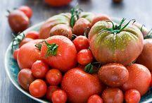 Tomato Recipes / Tomato Recipes for Tomato Basil Soup, Tomato Sauce, and all things tomato