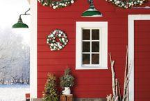 Christmas Decorations / by Lexi Zeggert
