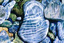 stones / pebbles under water