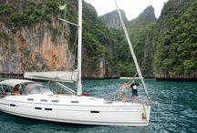 Mar de Andaman, Tailandia, / Viajes en velero o catamarán por uno de los lugares más espectaculares del mundo para navegar.