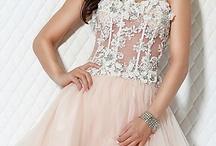 Dresses / by Ashleigh Brianna