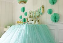 Stylish Dessert & Candy Tables / by Celeste Morales