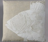 Pillows / by Simone Lenssing
