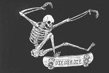 Σκελετοί , νεκροκεφαλές
