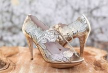 Exceptional Accessories / Accessories for the bride and groom