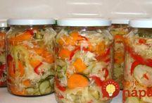 nakládaná zelenina, džemy, šťávy
