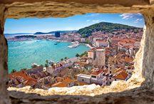 Croazia / Una terra piena di sorprese, che non solo offre un mare limpidissimo, ma anche un entroterra incontaminato, fatto di laghi, ruscelli e cascate, e città accoglienti e ricche di fascino. Una meta imperdibile.