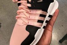 αθλητικα παπουτσια