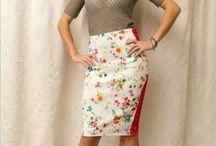 Turquoise Shop / TD este un loc prietenos unde poti gasi creatii vestimentare din linia proprie ZIVA, o linie ready to wear adresata femeilor tinere si cu spirit tanar, care-si cauta individualitatea vestimentara.