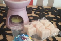 Doodlebum Soy Melts & Candles :3 / A few examples of my soy wax melts and candles - smell divine and are better than paraffin!