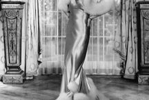 Tema anii 1930-1940 Hollywood