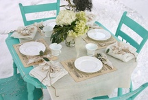 TaBleScAPe / Great ways to dress those tables / by Dimitra Becker