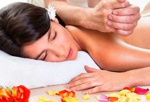 Lomi Lomi Nui - hawajski masaż / Lomi Lomi Nui to prastary masaż pochodzący z Hawajów łączący w sobie wiedzę i doświadczenie, mądrość Kahunów, czyli mistrzów masażu.  Lomi jest słowem określającym masaż i znaczy tyle, co ugniatać, naciskać, pocierać, ale też pracować ze swoją wewnętrzną jak i zewnętrzną stroną. Nui – oznacza jedyny w swoim rodzaju. A podwojenie słowa lomi podkreśla intensywność i jakość masażu.