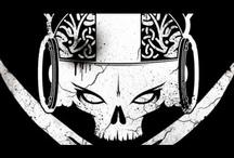 My Riot / My Riot to zespół, który narodził się jako kolaboracja online pomiędzy Glaca, leaderem Sweet Noise i producentem breakbeat'owym z Sopotu, ukrywającym się pod pseudonimem Hacker. Po dwóch latach przesyłania plików pomiędzy Los Angeles i Sopotem przyszedł czas na finalizowanie płyty w Polsce w studio Noise Inc. http://www.myriotband.com/biografia/