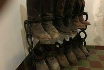 Stivaliera country / Porta stivali di ogni genere realizzato con ferri di cavallo usati