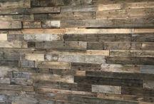 Wanden en plafonds / VanSloophout.com is een groothandel in sloophout en verkoopt zowel planken als diensten zoals het leggen van vloeren, plaatsen van wanden, betimmeren van plafonds en bedenken en uitvoeren van maatwerk opdrachten.