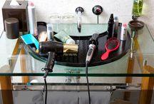 Pedestal Sink Organization / Organizing the clutter