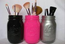 Makeup & makeup orgizination