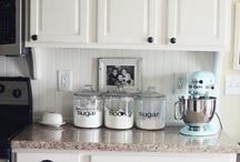 Time to Organize-Kitchen / by Lauren Moncus Bowen