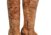 my next pair of boots / by Emmerlee Sherman