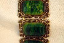 vintage bijoux and jewelry
