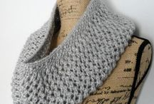 Cowls Knitting Patterns / Free cowls knitting patterns.