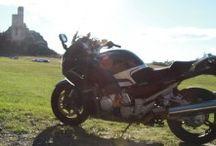Motocyklem w wekend   Motorcycle weekend / Mazury, Bieszczady czy może pojezierze Drawskie? Oto propozycje na świetny weekendowy wypad na dwóch kołach.
