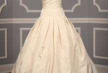 Vera Wang Wedding Dresses at Your Dream Dress / Vera Wang Couture wedding dresses at YourDreamDress.com. 100% Authentic, New and Sample wedding dresses at up to 90% Off retail!