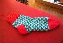 Strikkede sokker, vanter o.l.