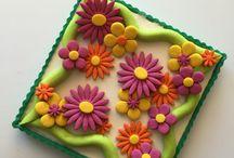 3D cookies, pies and tarts FROLLA 3D #frolla3d / L'ORIGINALE CROSTATA di FROLLA 3D!  THE ORIGINAL 3D TART!  LE DECORAZIONI SONO DI PASTA FROLLA E SONO COTTE!  LA MIA NUOVA ESCLUSIVA FROLLA 3D COLORATA!  NON SI DEFORMA IN COTTURA!  NON PERDE IL COLORE!  PUOI MODELLARLA COME LA PASTA DI ZUCCHERO!  LA NUOVA FROLLA 3D!!! #frolla3D #pastafrolla #tortedautore #paolaazzolina #pasticceria #cakedesign #newbiscuitsidea #cakelovers #pielovers #cookielovers #evoluzionedellafrolla #pastry #confeitaria #piecrust #italianfood #impressionpie #frollacolorata #cakeaddict #tartdesign #tartaddict #foodproject #fooddesign #simplefooddesign #CAKEART #sweerpaste #pie #tart #tartevolution #pastry