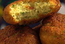 Falafel +-=acarajé