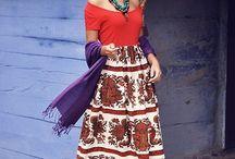 Frida Dress Up