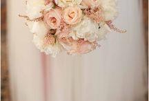 Bridesmaids flowersb