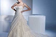 Wedding ideas!  / by Aiyana Cervantez