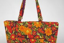 BAG TUTES PREQUILTED & LAMINATED