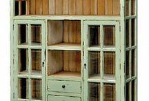 Møbler laget av gml matrial